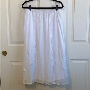 Old Navy White Skirt